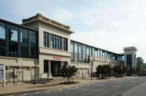 Fredericksburg-VA-VRE-Station